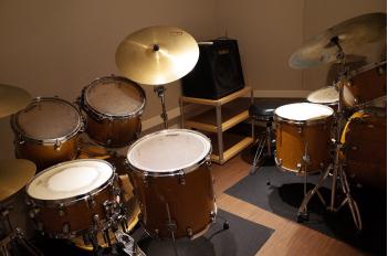 ドラム個人練習用ブース